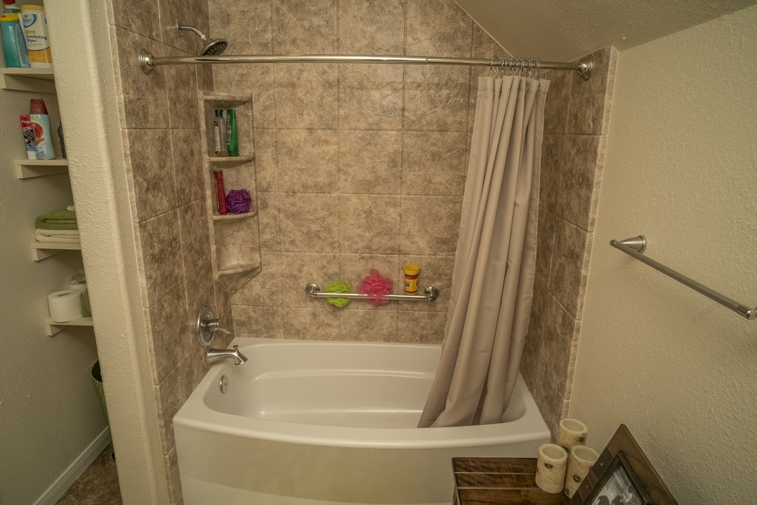 Bathtub Replacment | The Bath Kitchen Pros | Houston